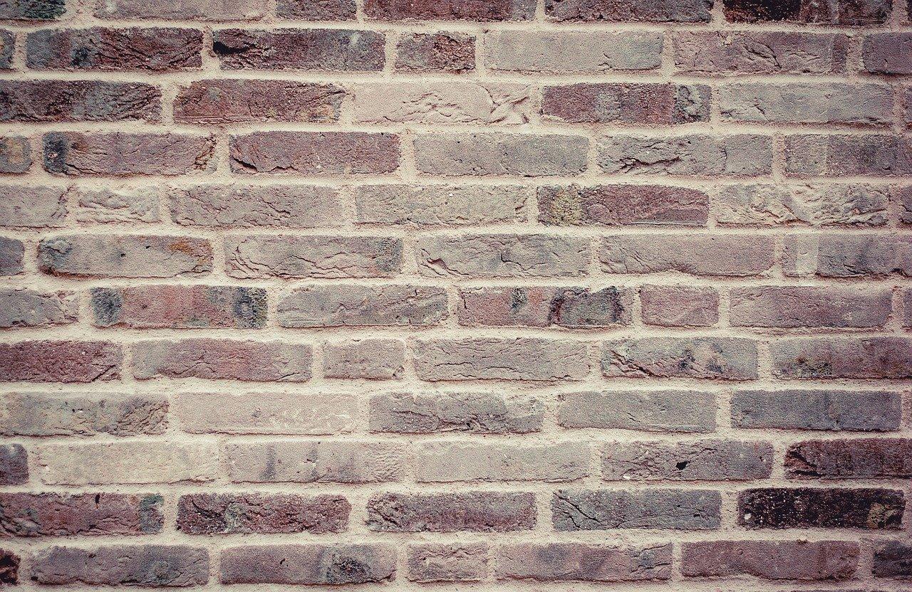 nettoyer des pierres de parement intérieur